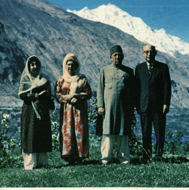 Left Queen Rani and third from left Mir Muhammed Samal Khan in 1961.